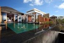 Aisis-Villas-Spa-Hotel-Exterior