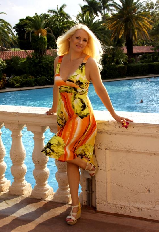 BlondiBeachwear_biltmore2B
