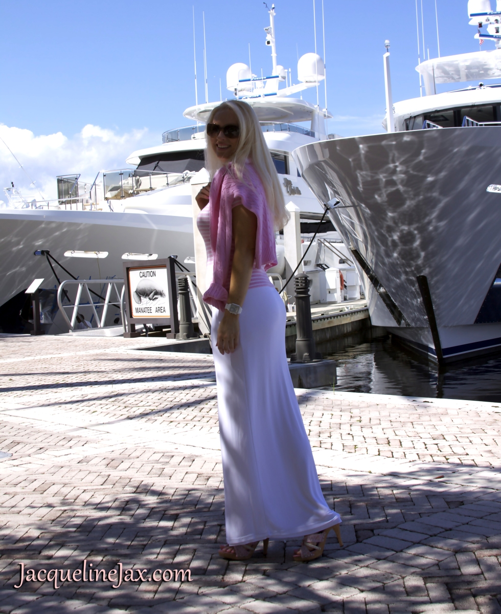 Blondi Beachwear: The Alicia Skirt Goes For A Boat Ride