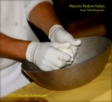 making_mozzarella_food