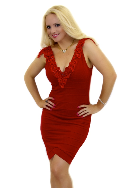 Red_lace_bandage_dress_B