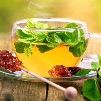 The Health and Beauty Benefits of Mint Tea